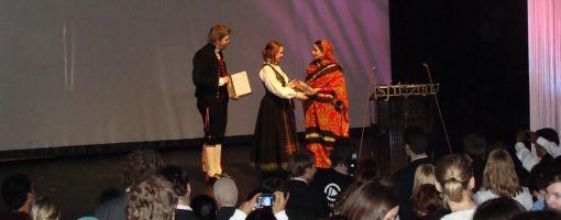 rabab_receives_award_510.jpg