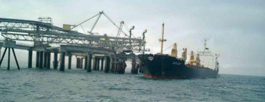western_sahara_phosphate_harbour_510-200.jpg